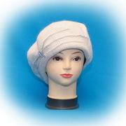 Распродажа женских головных уборов осенне-зимней коллекции