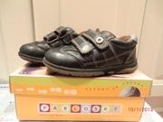 продам обувь на мальчика 2-3 лет