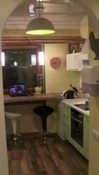 Продам 2-х комнатную квартиру в р-не Цирка.