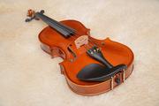 Продается скрипка из натурального дерева со смычком и футляром
