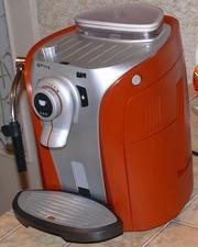 Продам Б/У кофемашину купить Saeco Odea Giro Silver/Orange б/у