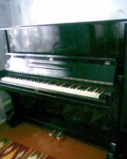 Срочно Пианино Красный Октябрь